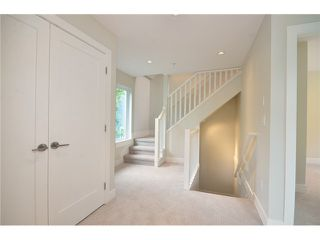 Photo 9: 526 E 10TH AV in Vancouver: Mount Pleasant VE House 1/2 Duplex for sale (Vancouver East)  : MLS®# V1024489