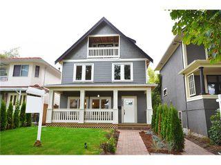 Photo 19: 526 E 10TH AV in Vancouver: Mount Pleasant VE House 1/2 Duplex for sale (Vancouver East)  : MLS®# V1024489
