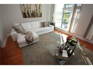 """Photo 1: 8 1182 QUEBEC Street in Vancouver: Mount Pleasant VE Townhouse for sale in """"CITY GATE"""" (Vancouver East)  : MLS®# V1025907"""