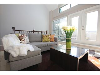 """Photo 12: 8 1182 QUEBEC Street in Vancouver: Mount Pleasant VE Townhouse for sale in """"CITY GATE"""" (Vancouver East)  : MLS®# V1025907"""