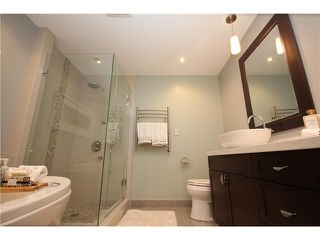 """Photo 9: 8 1182 QUEBEC Street in Vancouver: Mount Pleasant VE Townhouse for sale in """"CITY GATE"""" (Vancouver East)  : MLS®# V1025907"""