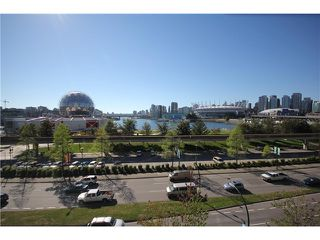 """Photo 14: 8 1182 QUEBEC Street in Vancouver: Mount Pleasant VE Townhouse for sale in """"CITY GATE"""" (Vancouver East)  : MLS®# V1025907"""