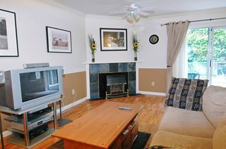 """Photo 3: 19 22128 DEWDNEY TRUNK RD in Maple Ridge: West Central Townhouse for sale in """"DEWDNEY PLACE"""" : MLS®# V598728"""