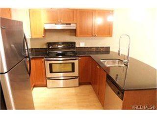 Photo 8: 403 821 Goldstream Avenue in VICTORIA: La Langford Proper Condo Apartment for sale (Langford)  : MLS®# 215574
