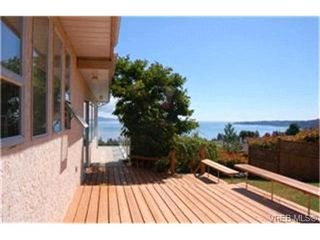 Photo 4: 5204 Polson Terrace in VICTORIA: SE Cordova Bay Single Family Detached for sale (Saanich East)  : MLS®# 223443
