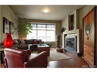 Photo 2:  in VICTORIA: Vi Mayfair Single Family Detached for sale (Victoria)  : MLS®# 430800