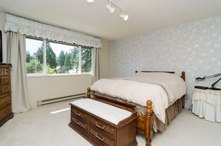 "Photo 29: 11648 HYLAND Drive in Delta: Sunshine Hills Woods House for sale in ""SUNSHINE HILLS"" (N. Delta)  : MLS®# F1417122"