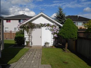 Photo 10: 6248 190TH Street in Cloverdale: Cloverdale BC Home for sale ()  : MLS®# F1312005