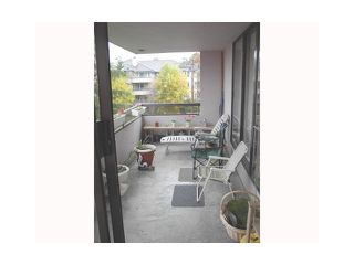 Photo 1: 303 460 WESTVIEW Street in Coquitlam: Coquitlam West Condo for sale : MLS®# V1080010