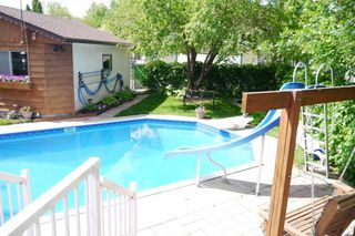 Photo 10: 657 Silverstone Avenue in Winnipeg: Fort Richmond Single Family Detached for sale (South Winnipeg)  : MLS®# 1615720