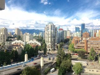 Photo 3: 1701 1000 BEACH AVENUE in Vancouver: Yaletown Condo for sale (Vancouver West)  : MLS®# R2108437