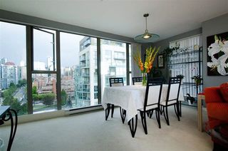 Photo 6: 1701 1000 BEACH AVENUE in Vancouver: Yaletown Condo for sale (Vancouver West)  : MLS®# R2108437