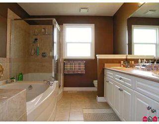 Photo 8: 9086 202B Street in Langley: Walnut Grove House  : MLS®# F2702272