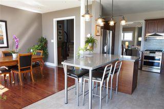 Photo 3: 1098 Zamuner Crt in : 1015 - RO River Oaks FRH for sale (Oakville)  : MLS®# 30570239