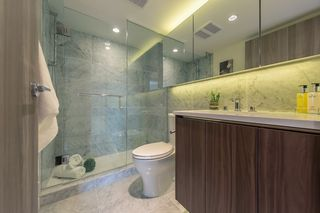 "Photo 13: 2609 455 SW MARINE Drive in Vancouver: Marpole Condo for sale in ""W1-WEST TOWER"" (Vancouver West)  : MLS®# R2388321"