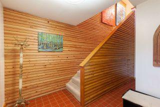 Photo 2: 38782 BRITANNIA Avenue in Squamish: Dentville House for sale : MLS®# R2419452