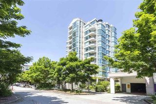 Photo 4: PH1 140 E 14TH STREET in North Vancouver: Central Lonsdale Condo for sale : MLS®# R2231155