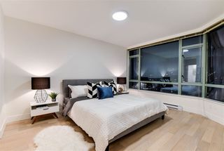 Photo 14: PH1 140 E 14TH STREET in North Vancouver: Central Lonsdale Condo for sale : MLS®# R2231155