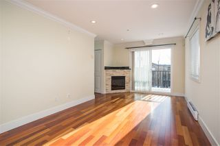 Photo 3: 1051 W 72ND Avenue in Vancouver: Marpole Townhouse for sale (Vancouver West)  : MLS®# R2429562