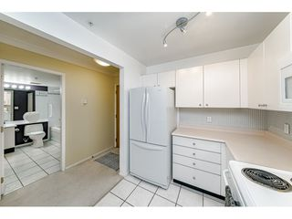 "Photo 13: 207 3590 W 26TH Avenue in Vancouver: Dunbar Condo for sale in ""DUNBAR HEIGHTS"" (Vancouver West)  : MLS®# R2430347"