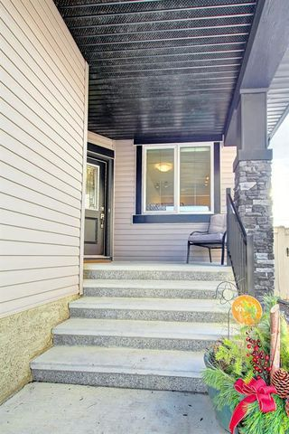 Photo 2: 95 MORNINGSIDE Mews SW: Airdrie Detached for sale : MLS®# C4282710