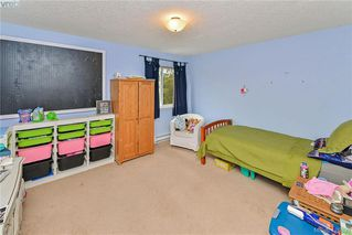 Photo 14: 102 Stoneridge Close in VICTORIA: VR Hospital House for sale (View Royal)  : MLS®# 841008