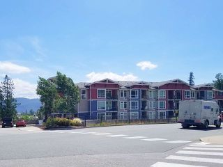 "Photo 29: 406 2242 WHATCOM Road in Abbotsford: Abbotsford East Condo for sale in ""Waterleaf"" : MLS®# R2474178"