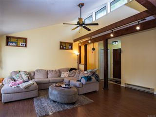 Photo 4: 1490 Hudson Rd in : CV Comox Peninsula House for sale (Comox Valley)  : MLS®# 851484
