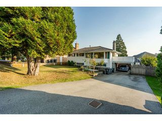 Photo 2: 15414 82 Avenue in Surrey: Fleetwood Tynehead House for sale : MLS®# R2505501