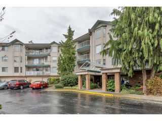 "Photo 2: 206 5360 205 Crescent in Langley: Langley City Condo for sale in ""PARKWAY ESTATES"" : MLS®# R2516417"