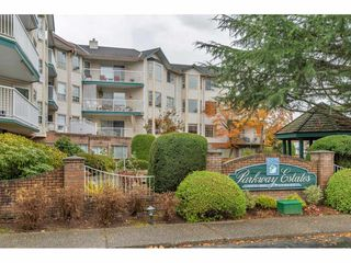 "Photo 3: 206 5360 205 Crescent in Langley: Langley City Condo for sale in ""PARKWAY ESTATES"" : MLS®# R2516417"