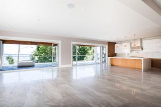 Photo 12: 14093 MARINE Drive: White Rock House for sale (South Surrey White Rock)  : MLS®# R2517967