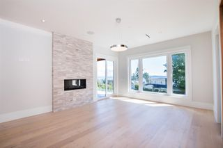 Photo 19: 14093 MARINE Drive: White Rock House for sale (South Surrey White Rock)  : MLS®# R2517967