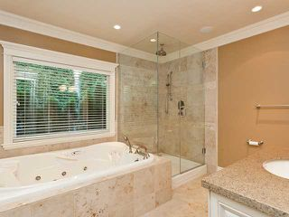 Photo 13: 8075 GOVERNMENT Road in Burnaby: Government Road House for sale (Burnaby North)  : MLS®# V965474