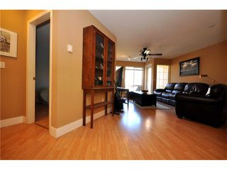 "Photo 6: 401 1363 56TH Street in Tsawwassen: Cliff Drive Condo for sale in ""WINDSOR WOODS"" : MLS®# V969283"