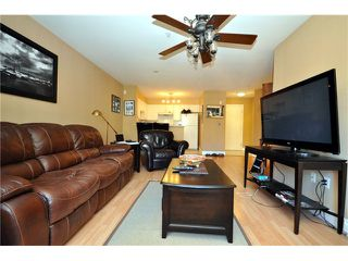 "Photo 5: 401 1363 56TH Street in Tsawwassen: Cliff Drive Condo for sale in ""WINDSOR WOODS"" : MLS®# V969283"