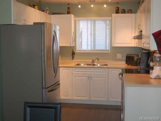 Photo 7: 2055 Arnason Rd in CAMPBELL RIVER: CR Willow Point House for sale (Campbell River)  : MLS®# 645429