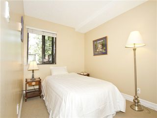 """Photo 14: 852 GREENCHAIN in Vancouver: False Creek Townhouse for sale in """"HEATHER POINT"""" (Vancouver West)  : MLS®# V1019589"""