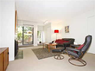 """Photo 5: 852 GREENCHAIN in Vancouver: False Creek Townhouse for sale in """"HEATHER POINT"""" (Vancouver West)  : MLS®# V1019589"""