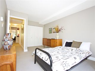 """Photo 12: 852 GREENCHAIN in Vancouver: False Creek Townhouse for sale in """"HEATHER POINT"""" (Vancouver West)  : MLS®# V1019589"""