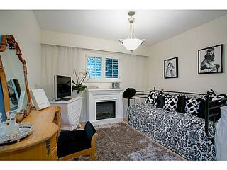 Photo 8: 5719 CRANLEY Drive in West Vancouver: Eagle Harbour House for sale : MLS®# V1023238