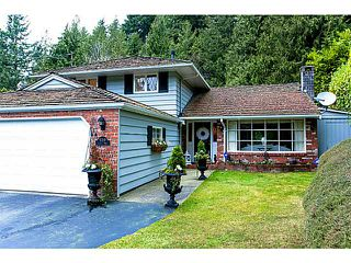 Photo 2: 5719 CRANLEY Drive in West Vancouver: Eagle Harbour House for sale : MLS®# V1023238