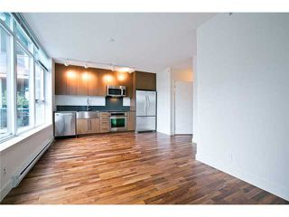 """Photo 8: 611 250 E 6TH Avenue in Vancouver: Mount Pleasant VE Condo for sale in """"THE DISTRICT"""" (Vancouver East)  : MLS®# V1025038"""