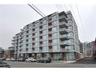 """Photo 1: 611 250 E 6TH Avenue in Vancouver: Mount Pleasant VE Condo for sale in """"THE DISTRICT"""" (Vancouver East)  : MLS®# V1025038"""