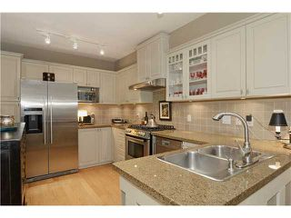 "Photo 4: 215 3188 W 41ST Avenue in Vancouver: Kerrisdale Condo for sale in ""LANESBOROUGH"" (Vancouver West)  : MLS®# V1027530"
