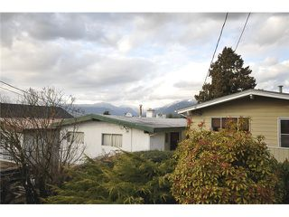 Photo 9: 3490 CAMBRIDGE ST in Vancouver: Hastings East House for sale (Vancouver East)  : MLS®# V1056008
