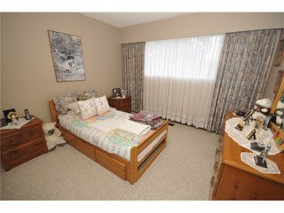 Photo 10: 3490 CAMBRIDGE ST in Vancouver: Hastings East House for sale (Vancouver East)  : MLS®# V1056008
