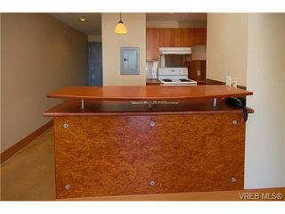 Photo 8: 405 555 Chatham St in VICTORIA: Vi Downtown Condo Apartment for sale (Victoria)  : MLS®# 677342