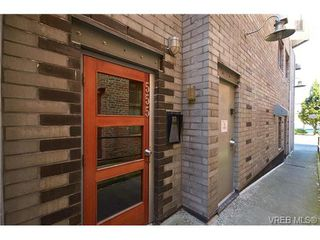 Photo 4: 405 555 Chatham St in VICTORIA: Vi Downtown Condo Apartment for sale (Victoria)  : MLS®# 677342