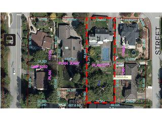Photo 2: 2052 Inglewood Av in West Vancouver: Ambleside House for sale : MLS®# V1066221